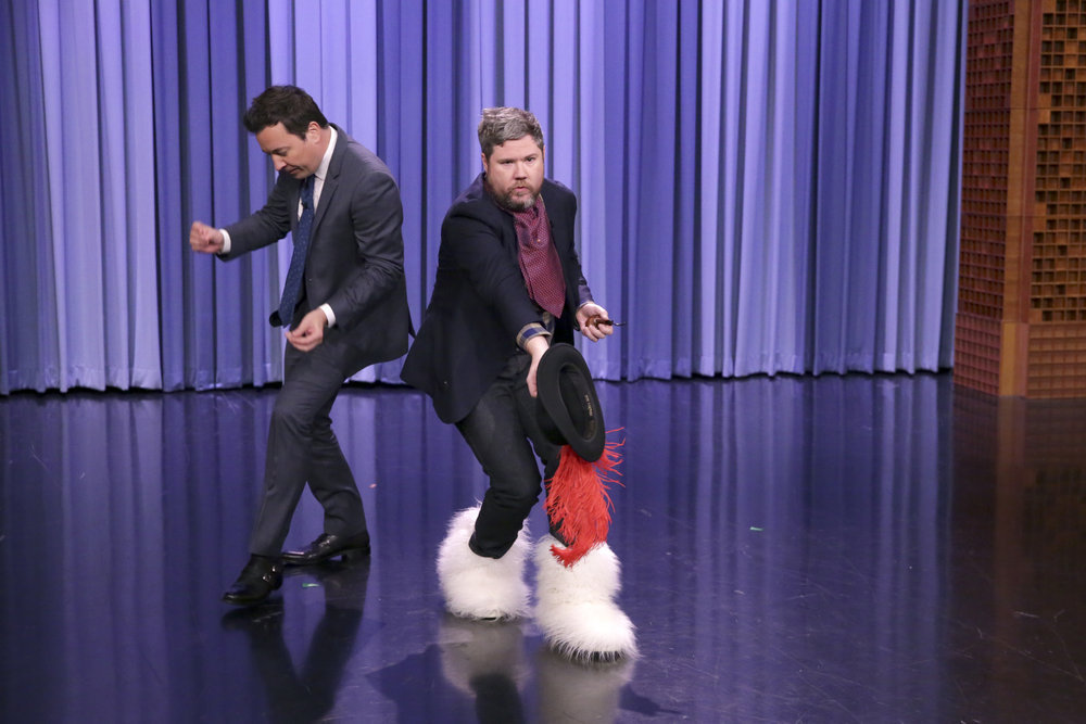 Blake Lively Bangs Up Her Knee During Dance Battle with Jimmy Fallon