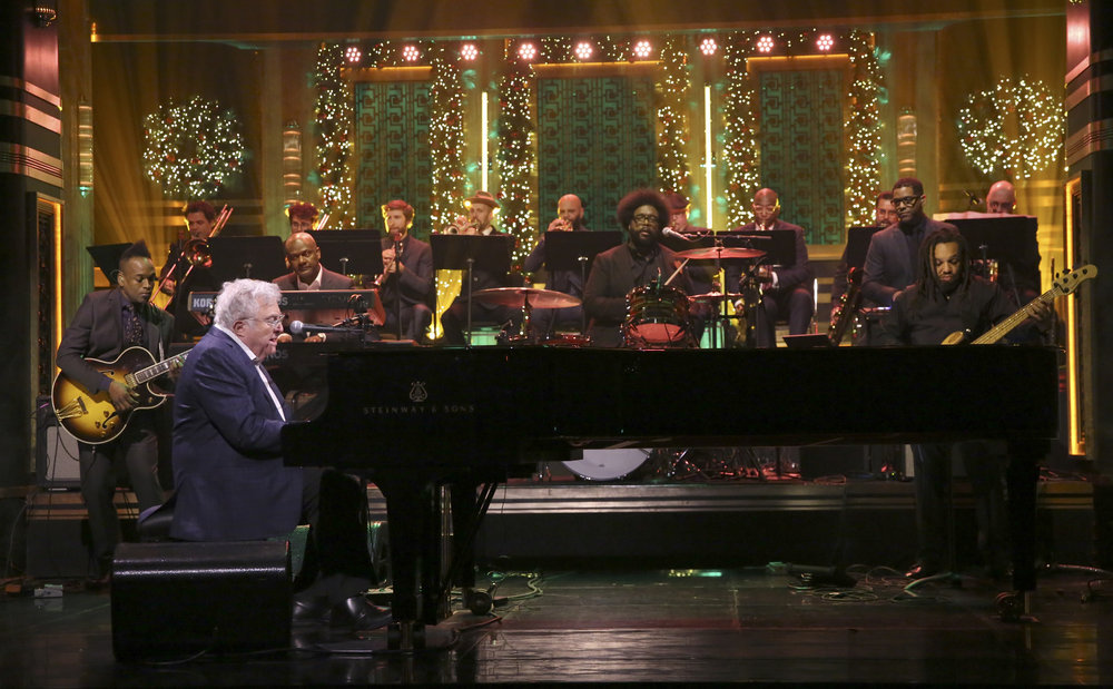 Darlene Love and Anna Kendrick sing 'Christmas' on 'Tonight Show'