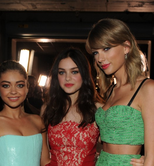 Taylor Swift with Sarah Hyland and Odeya Rush