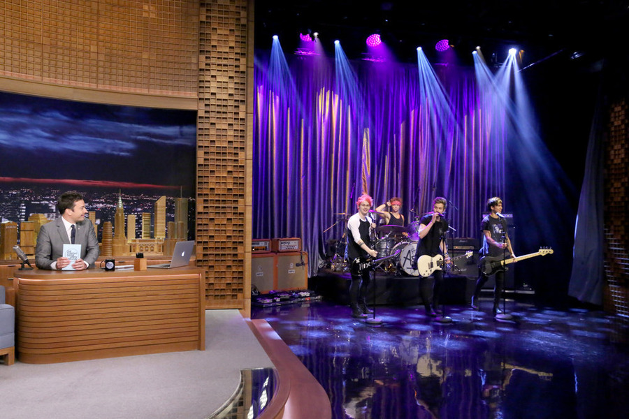 5 Seconds Of Summer Performs Good Girls On Tonight Show Watch Now