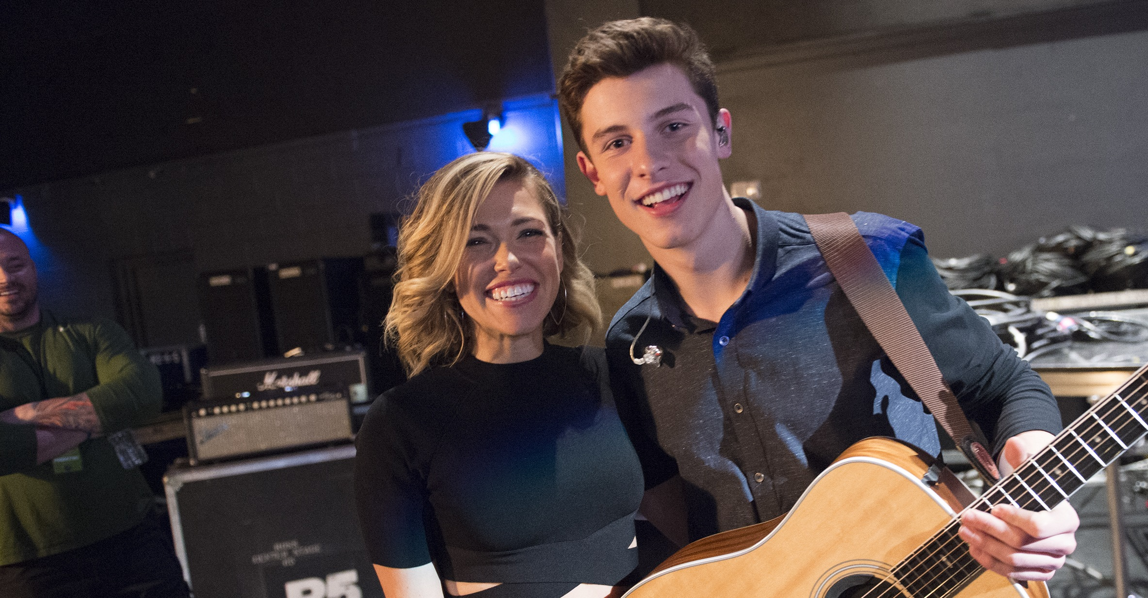 Backstage Look: Tori Kelly, Carly Rae Jepsen, Shawn Mendes ...