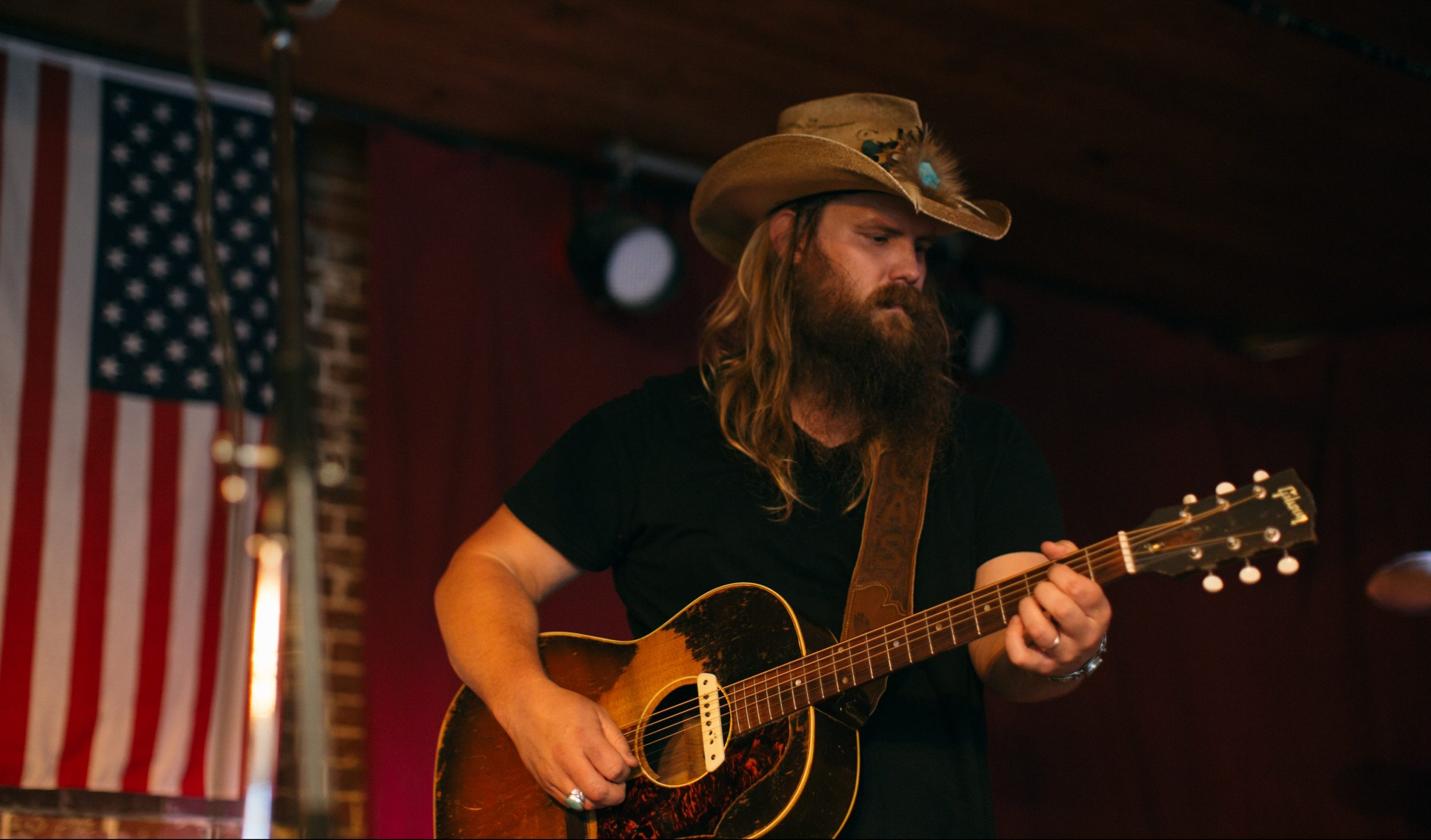 Chris Stapleton S Quot Traveller Quot Earns Album Of The Year At