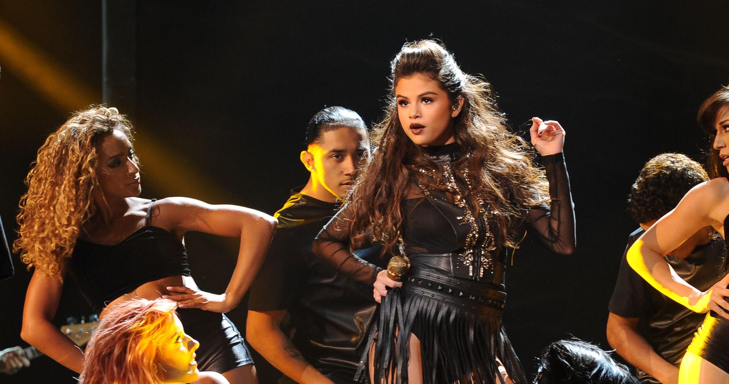 "Selena Gomez' ""Sober"" Debuts On Bubbling Under Hot 100 Chart"
