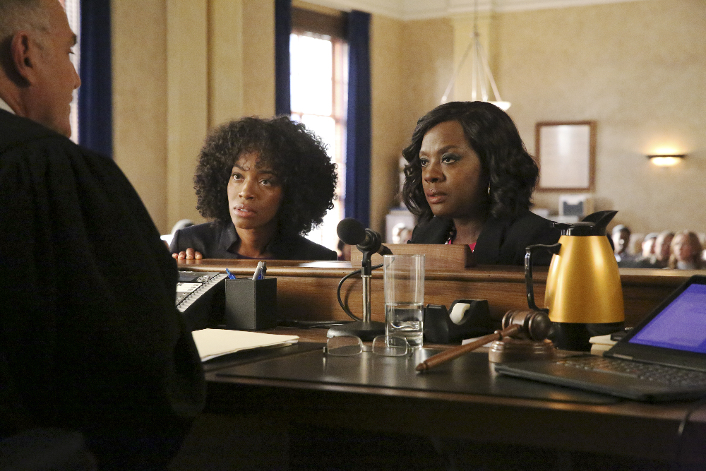 """HOW TO GET AWAY WITH MURDER - """"Always Bet Black"""" - Annalise presents her class with a high-profile murder case that pushes even the Keating 5's morals, while Laurel makes a shocking discovery through an unlikely source, on """"How to Get Away with Murder,"""" THURSDAY, OCTOBER 6 (10:00-11:00 p.m. EDT), on the ABC Television Network. (ABC/Mitch Haaseth) MILUANA JACKSON, VIOLA DAVIS"""