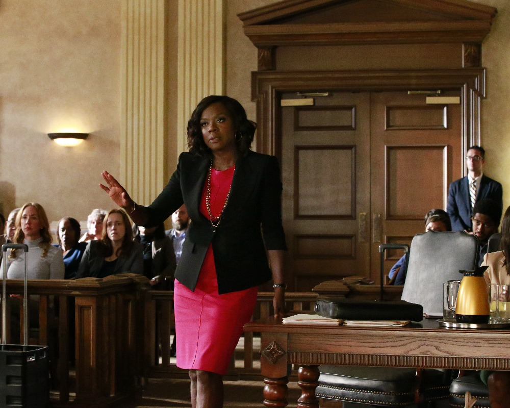 """HOW TO GET AWAY WITH MURDER - """"Always Bet Black"""" - Annalise presents her class with a high-profile murder case that pushes even the Keating 5's morals, while Laurel makes a shocking discovery through an unlikely source, on """"How to Get Away with Murder,"""" THURSDAY, OCTOBER 6 (10:00-11:00 p.m. EDT), on the ABC Television Network. (ABC/Mitch Haaseth) VIOLA DAVIS"""