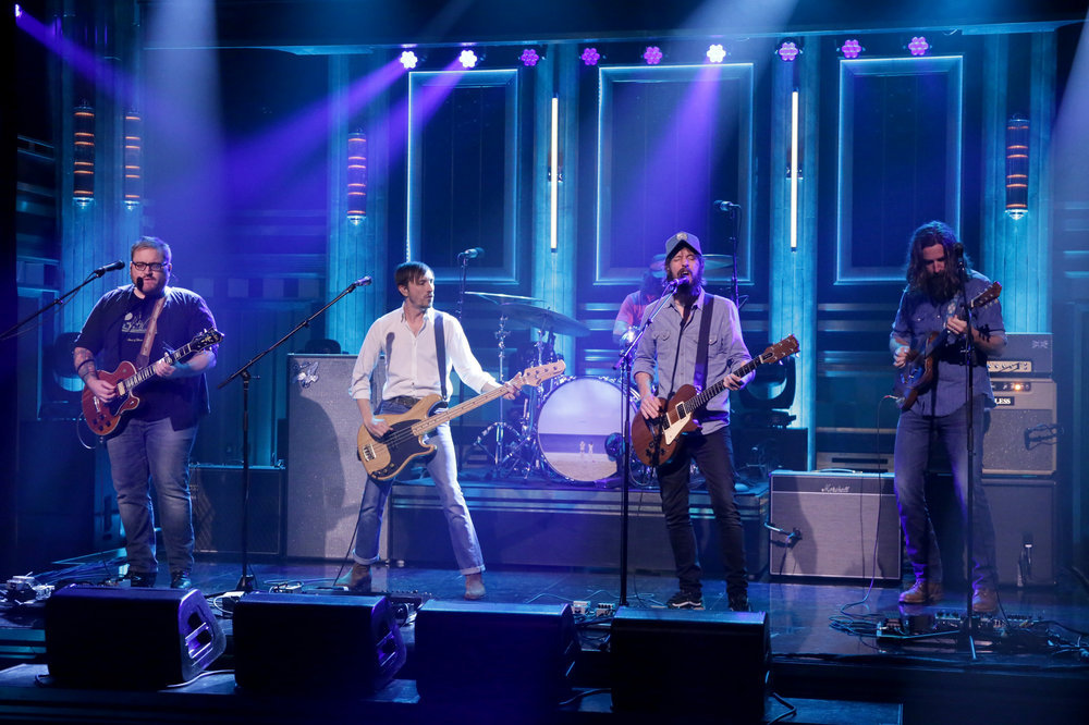 THE TONIGHT SHOW STARRING JIMMY FALLON -- Episode 0538 -- Pictured: (l-r) Ryan Monroe, Bill Reynolds, Creighton Barrett, Ben Bridwell, and Tyler Ramsey of musical guest Band of Horses perform on September 21, 2016 -- (Photo by: Andrew Lipovsky/NBC)