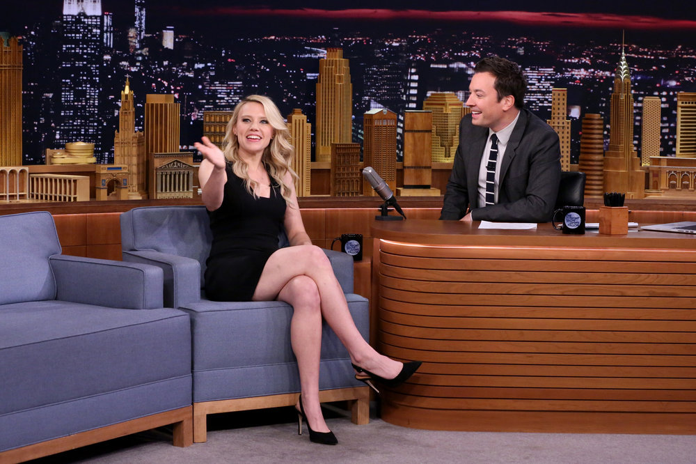 THE TONIGHT SHOW STARRING JIMMY FALLON -- Episode 0543 -- Pictured: (l-r) Actress Kate McKinnon during an interview with host Jimmy Fallon on September 28, 2016 -- (Photo by: Andrew Lipovsky/NBC)