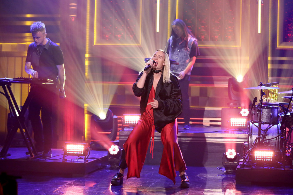 THE TONIGHT SHOW STARRING JIMMY FALLON -- Episode 0537 -- Pictured: Musical guest MO performs on September 20, 2016 -- (Photo by: Andrew Lipovsky/NBC)