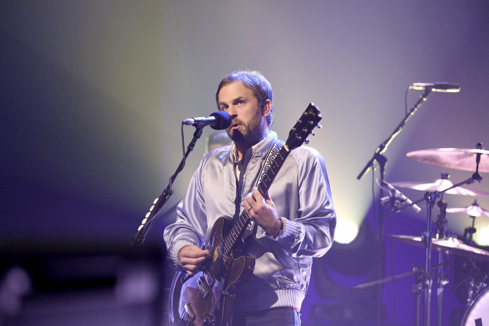 THE TONIGHT SHOW STARRING JIMMY FALLON -- Episode 0555 -- Pictured: Caleb Followill of musical guest Kings of Leon perform on October 14, 2016 -- (Photo by: Andrew Lipovsky/NBC)