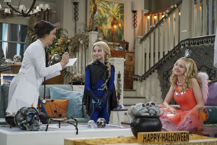 liv-and-maddie-scare-11