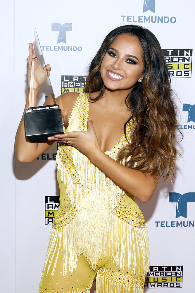"""2016 LATIN AMERICAN MUSIC AWARDS -- """"Press Room"""" -- Pictured: Becky G poses backstage at the 2016 Latin American Music Awards at the Dolby Theater in Los Angeles, CA on October 6, 2016 -- (Photo by: Jesse Grant/Telemundo)"""