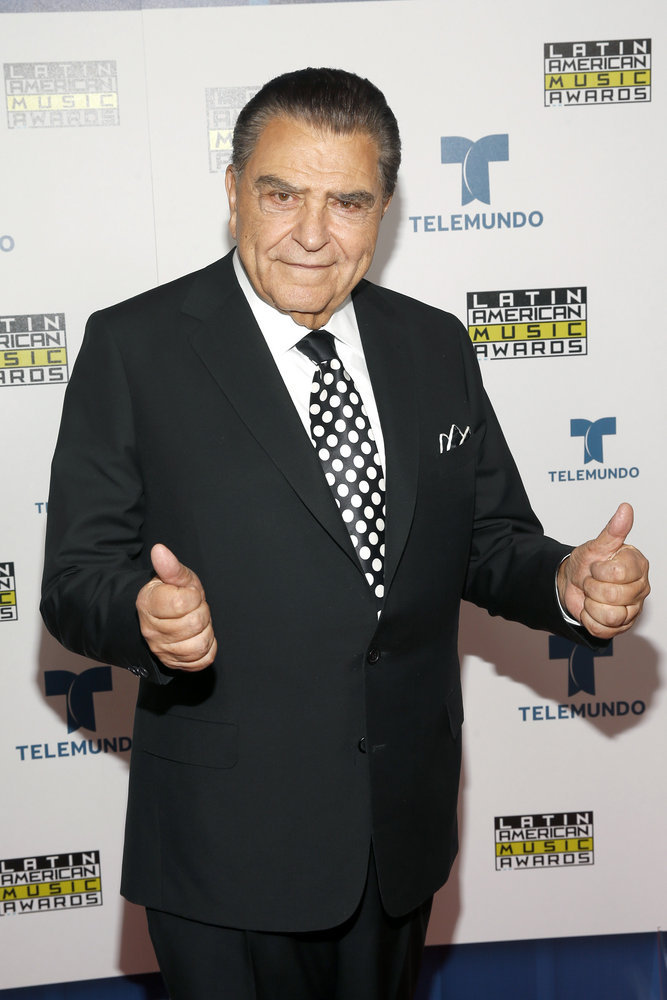 """2016 LATIN AMERICAN MUSIC AWARDS -- """"Press Room"""" -- Pictured: TV personality Don Francisco poses backstage at the 2016 Latin American Music Awards at the Dolby Theater in Los Angeles, CA on October 6, 2016 -- (Photo by: Jesse Grant/Telemundo)"""