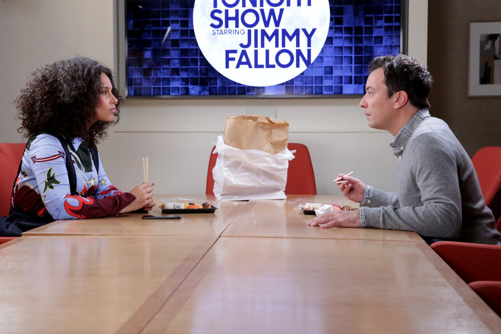 """THE TONIGHT SHOW STARRING JIMMY FALLON -- Episode 0566 -- Pictured: (l-r) Singer Alicia Keys and host Jimmy Fallon during the """"Alicia Keys Staring Contest"""" sketch on November 7, 2016 -- (Photo by: Andrew Lipovsky/NBC)"""