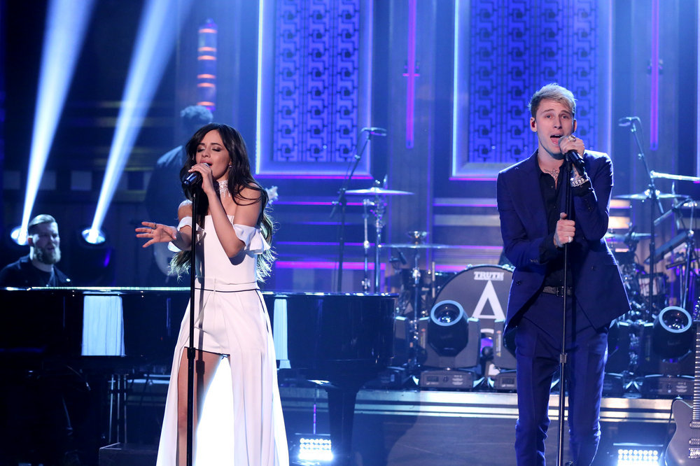 THE TONIGHT SHOW STARRING JIMMY FALLON -- Episode 0577 -- Pictured: (l-r) Musical guests Camila Cabello and Machine Gun Kelly perform on November 23, 2016 -- (Photo by: Andrew Lipovsky/NBC)