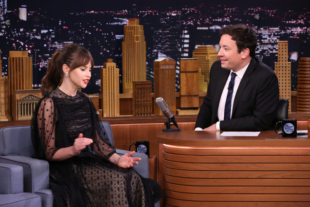 THE TONIGHT SHOW STARRING JIMMY FALLON -- Episode 0581 -- Pictured: (l-r) Actress Felicity Jones during an interview with host Jimmy Fallon on November 30, 2016 -- (Photo by: Andrew Lipovsky/NBC)