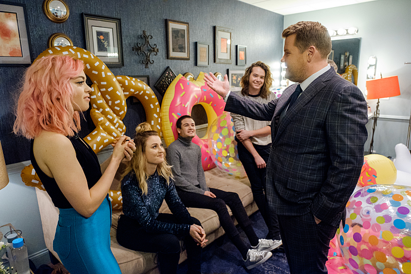 "Musical guest Hey Violet chat in the green room with James Corden during ""The Late Late Show with James Corden,"" Friday, November 11, 2016 (12:35 PM-1:37 AM ET/PT) On The CBS Television Network.  Photo: Terence Patrick/CBS ©2016 CBS Broadcasting, Inc. All Rights Reserved"
