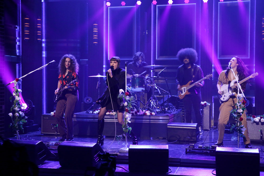 THE TONIGHT SHOW STARRING JIMMY FALLON -- Episode 0566 -- Pictured: (l-r) Naomi McPherson, Catherine Gavin, Scott Heiner, Brian Jones, and Josette Maskin of musical guest MUNA perform on November 7, 2016 -- (Photo by: Andrew Lipovsky/NBC)
