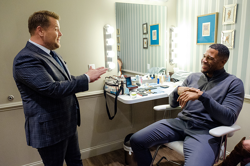 "Michael Strahan chats in the green room with James Corden during ""The Late Late Show with James Corden,"" Friday, November 11, 2016 (12:35 PM-1:37 AM ET/PT) On The CBS Television Network.  Photo: Terence Patrick/CBS ©2016 CBS Broadcasting, Inc. All Rights Reserved"