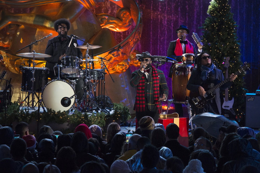 "CHRISTMAS IN ROCKEFELLER CENTER -- Pictured: (l-r) Ahmir ""Questlove"" Thompson, Tariq ""Black Thought"" Trotter, Frank ""Knuckles"" Walker, Mark Kelley of The Roots rehearse for the 2016 Christmas in Rockefeller Center -- (Photo by: Virginia Sherwood/NBC)"