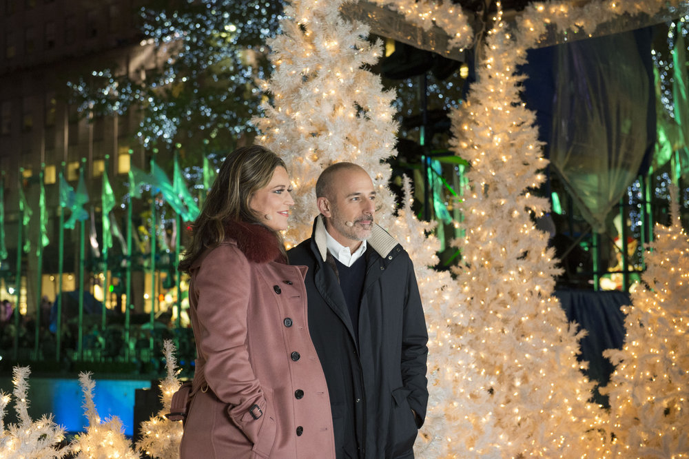 CHRISTMAS IN ROCKEFELLER CENTER -- Pictured: (l-r) Today Co-Anchors Savannah Guthrie, Matt Lauer -- (Photo by: Jonathan Orenstein/NBC)