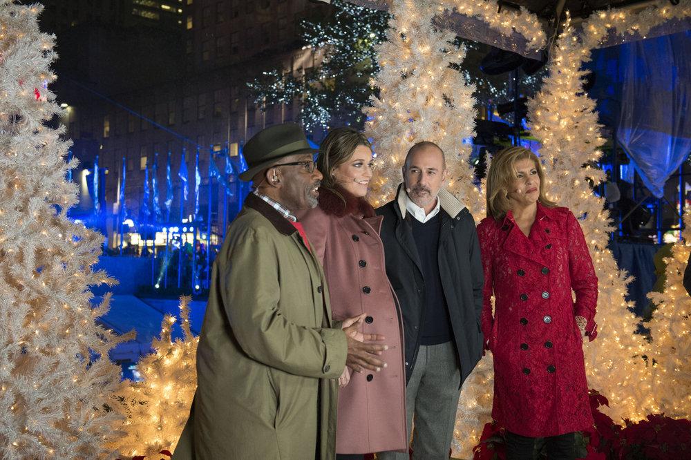 CHRISTMAS IN ROCKEFELLER CENTER -- Pictured: (l-r) Today Co-Anchors Al Roker, Savannah Guthrie, Matt Lauer, Hoda Kotb -- (Photo by: Jonathan Orenstein/NBC)