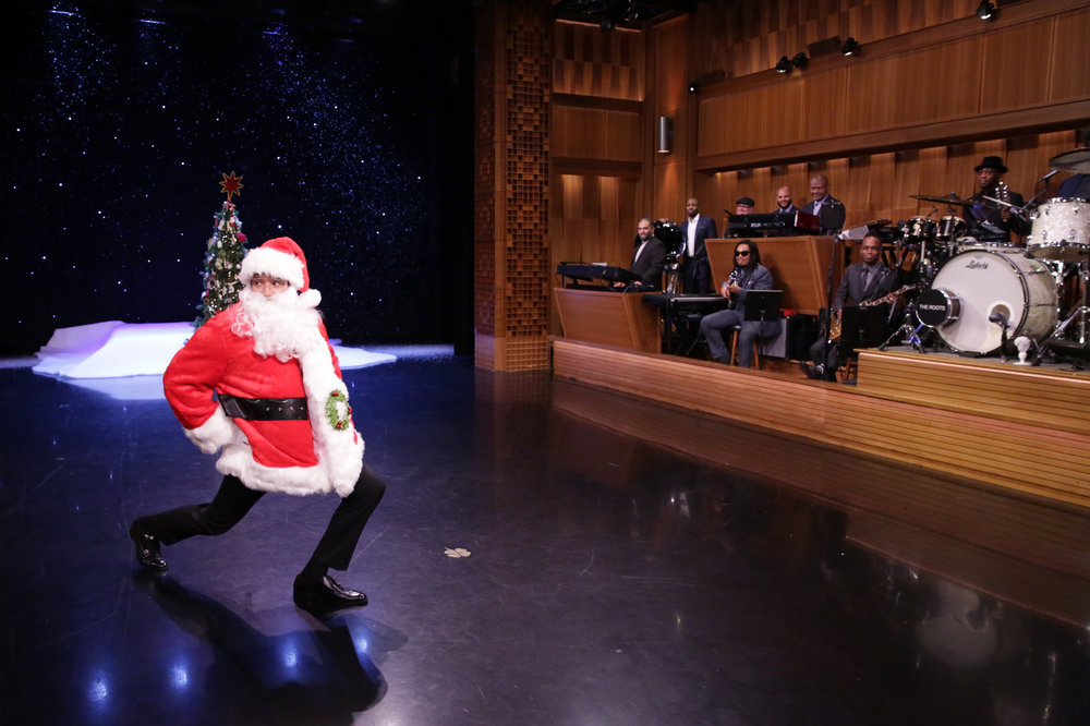 "THE TONIGHT SHOW STARRING JIMMY FALLON -- Episode 0581 -- Pictured: (l-r) Host Jimmy Fallon dressed as Santa Claus with The Roots during ""Suggestion Box"" on November 30, 2016 -- (Photo by: Andrew Lipovsky/NBC)"