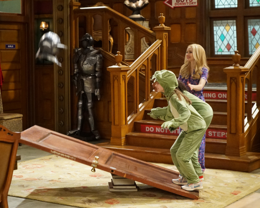 """LIV AND MADDIE - """"Slumber Party-A-Rooney"""" - Liv throws a sleepover to help Ruby and her co-star Priya become better friends. Meanwhile, Joey meets a new nemesis and Parker reveals a big surprise to Maddie. This episode of """"Liv and Maddie: Cali Style"""" airs Friday, November 25 (9:00 - 9:30 P.M. EST) on Disney Channel. (Disney Channel/Ron Tom) LAUREN LINDSEY DONZIS, DOVE CAMERON"""