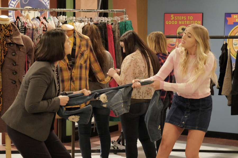 """K.C. UNDERCOVER - """"Trust No One"""" - When K.C.'s latest mission is compromised, she is tasked to find the mole in The Organization. This episode of """"K.C. Undercover"""" airs Sunday, November 13 (8:00 - 8:30 P.M. EST) on Disney Channel. (Disney Channel/Tony Rivetti) VERONICA DUNNE"""
