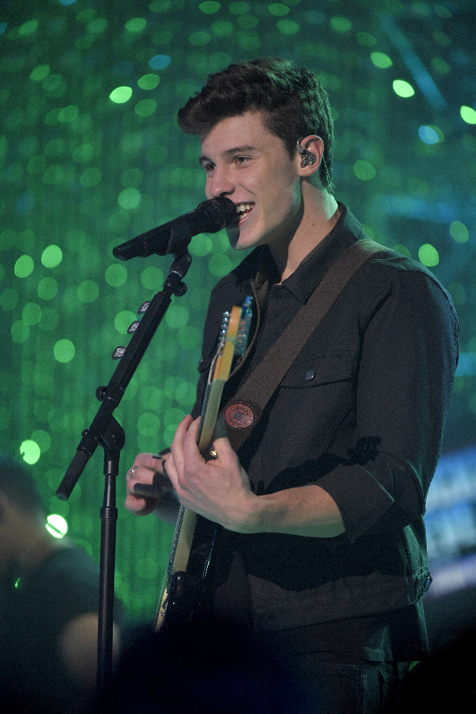 DICK CLARK'S NEW YEAR'S ROCKIN' EVE WITH RYAN SEACREST 2017 - America's biggest celebration of the year takes place on SATURDAY, DECEMBER 31, beginning at 8 p.m. EST, on the ABC Television Network. (ABC/Matt Brown) SHAWN MENDES