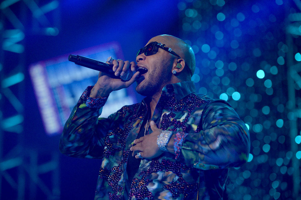 DICK CLARK'S NEW YEAR'S ROCKIN' EVE WITH RYAN SEACREST 2017 - America's biggest celebration of the year takes place on SATURDAY, DECEMBER 31, beginning at 8 p.m. EST, on the ABC Television Network. (ABC/Matt Brown) FLO RIDA