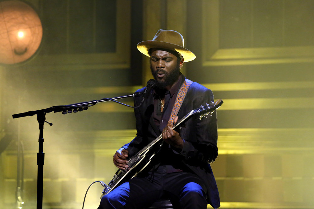 THE TONIGHT SHOW STARRING JIMMY FALLON -- Episode 0588 -- Pictured: Musical guest Gary Clark Jr. performs on December 09, 2016 -- (Photo by: Andrew Lipovsky/NBC)