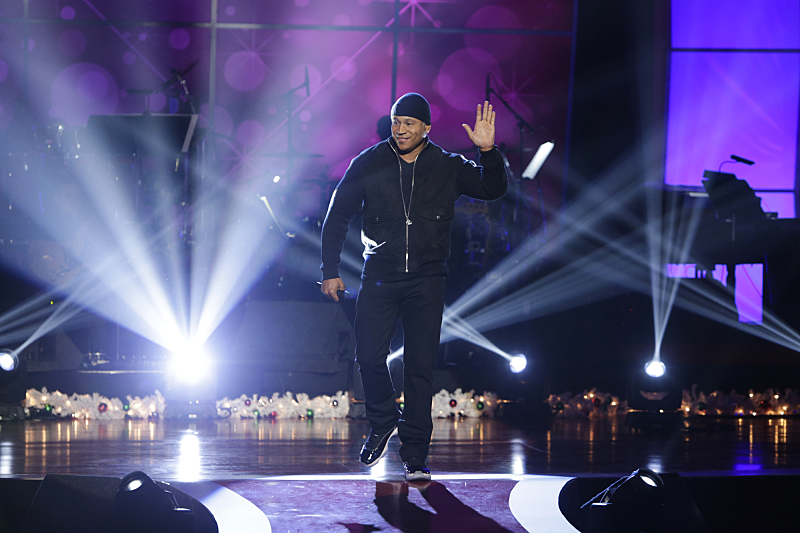 LL Cool J on The 18th Annual A HOME FOR THE HOLIDAYS,  an entertainment special celebrating families to be broadcast Friday, Dec. 23 (8:00-9:00 PM, ET/PT) on the CBS Television Network.   Photo: Sonja Flemming/CBS  ©2016 CBS Broadcasting, Inc. All Rights Reserved