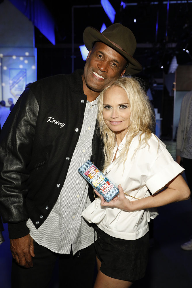 """HAIRSPRAY LIVE! -- """"Live Show Events"""" -- Pictured: (l-r) Kenny Leon, Kristin Chenoweth -- (Photo by: Trae Patton/NBC)"""