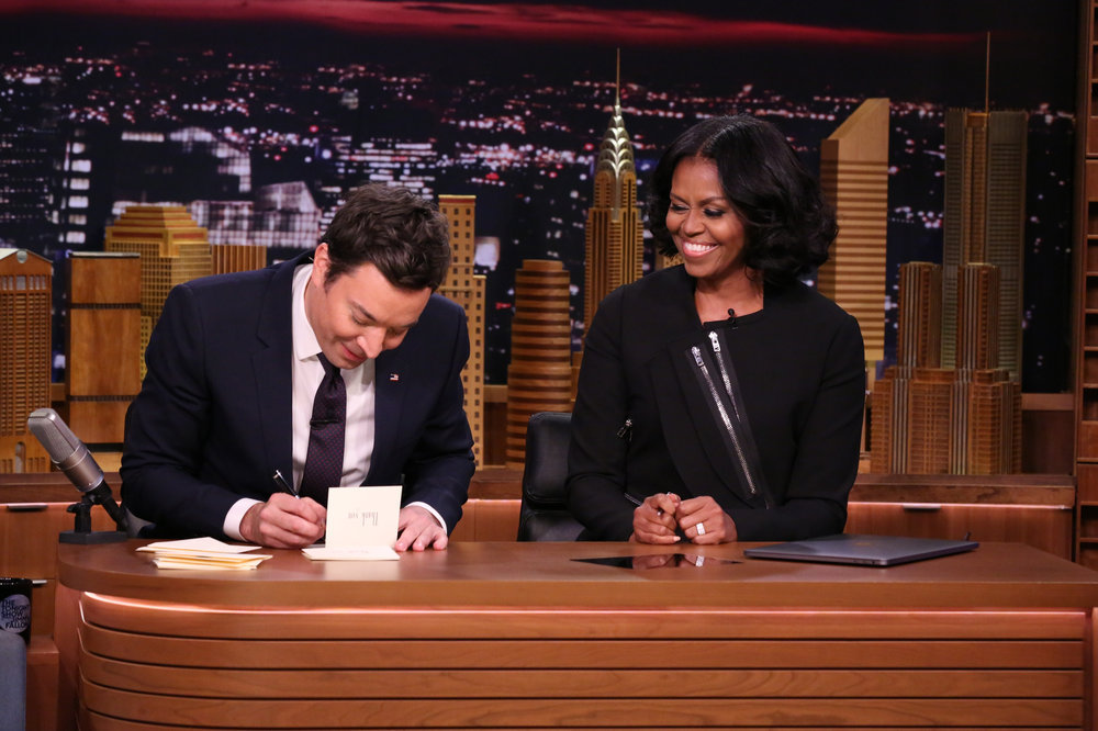THE TONIGHT SHOW STARRING JIMMY FALLON -- Episode 0600 -- Pictured: (l-r) Host Jimmy Fallon and First Lady Michelle Obama write Thank You Notes on January 11, 2017 -- (Photo by: Andrew Lipovsky/NBC)