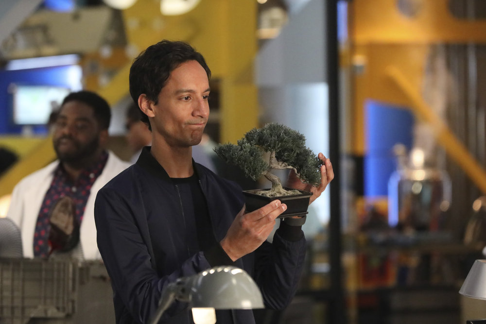 """POWERLESS -- """"Wayne or Lose"""" Episode 102 -- Pictured: Canny Pudi as Teddy -- (Photo by: Evans Vestal Ward/NBC)"""