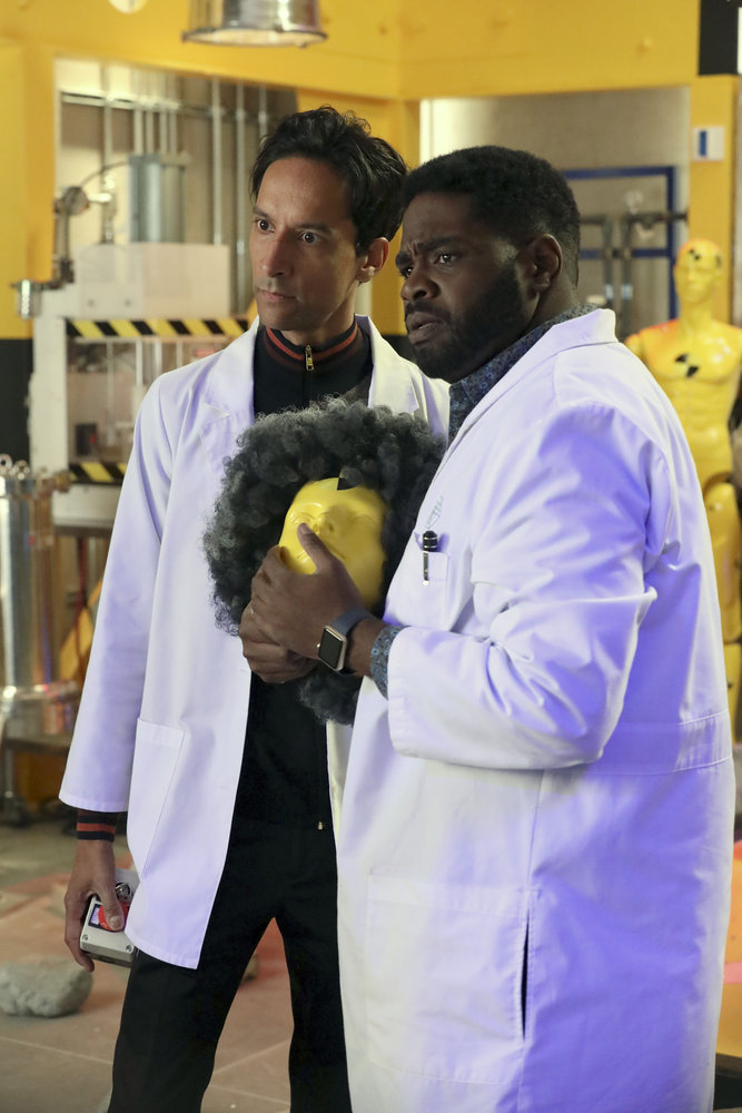 """POWERLESS -- """"Wayne Dream Team"""" Episode 103 -- Pictured: (l-r) Danny Pudi as Teddy, Ron Funches as Ron -- (Photo by: Evans Vestal Ward/Warner Bros/NBC)"""
