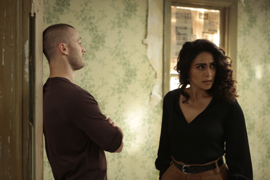 """QUANTICO - """"CLEOPATRA"""" - The recruits are schooled in the art of seduction, which Alex sees as a perfect opportunity to get closer to Owen, but will it threatens her relationship with Ryan? And in the future, Alex finally gets the answers she's been looking for about who and what the terrorists are on, """"Quantico,"""" MONDAY, JANUARY 23 (10:01-11:00 p.m. EST), on the ABC Television Network. (ABC/Giovanni Rufino) JAKE MCLAUGHLIN, YASMINE AL MASSRI"""