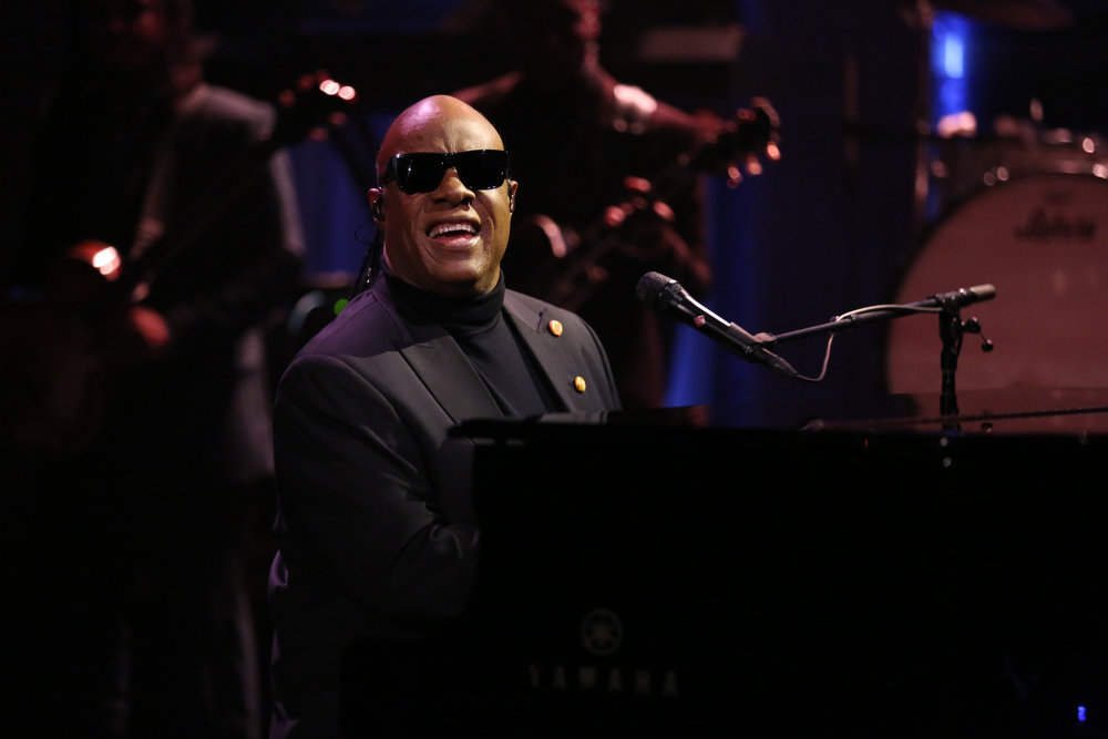 THE TONIGHT SHOW STARRING JIMMY FALLON -- Episode 0600 -- Pictured: Musical Guest Stevie Wonder performs with The Roots on January 11, 2017 -- (Photo by: Andrew Lipovsky/NBC)