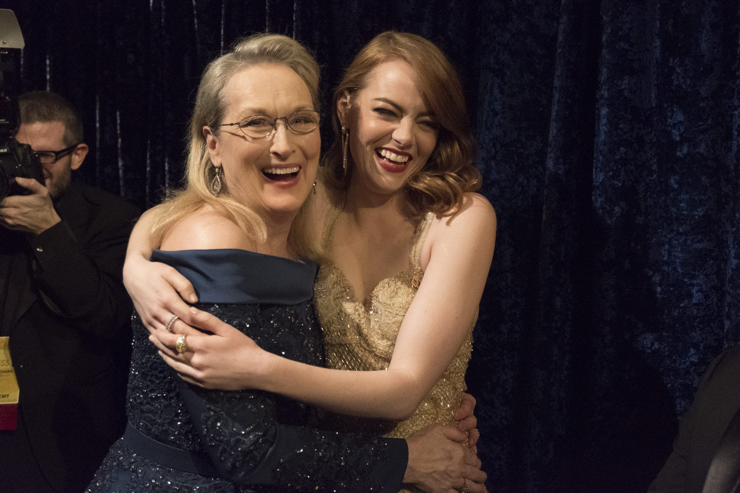 THE OSCARS(r) - The 89th Oscars(r)  broadcasts live on Oscar(r) SUNDAY, FEBRUARY 26, 2017, on the ABC Television Network. (ABC/Adam Rose) MERYL STREEP, EMMA STONE