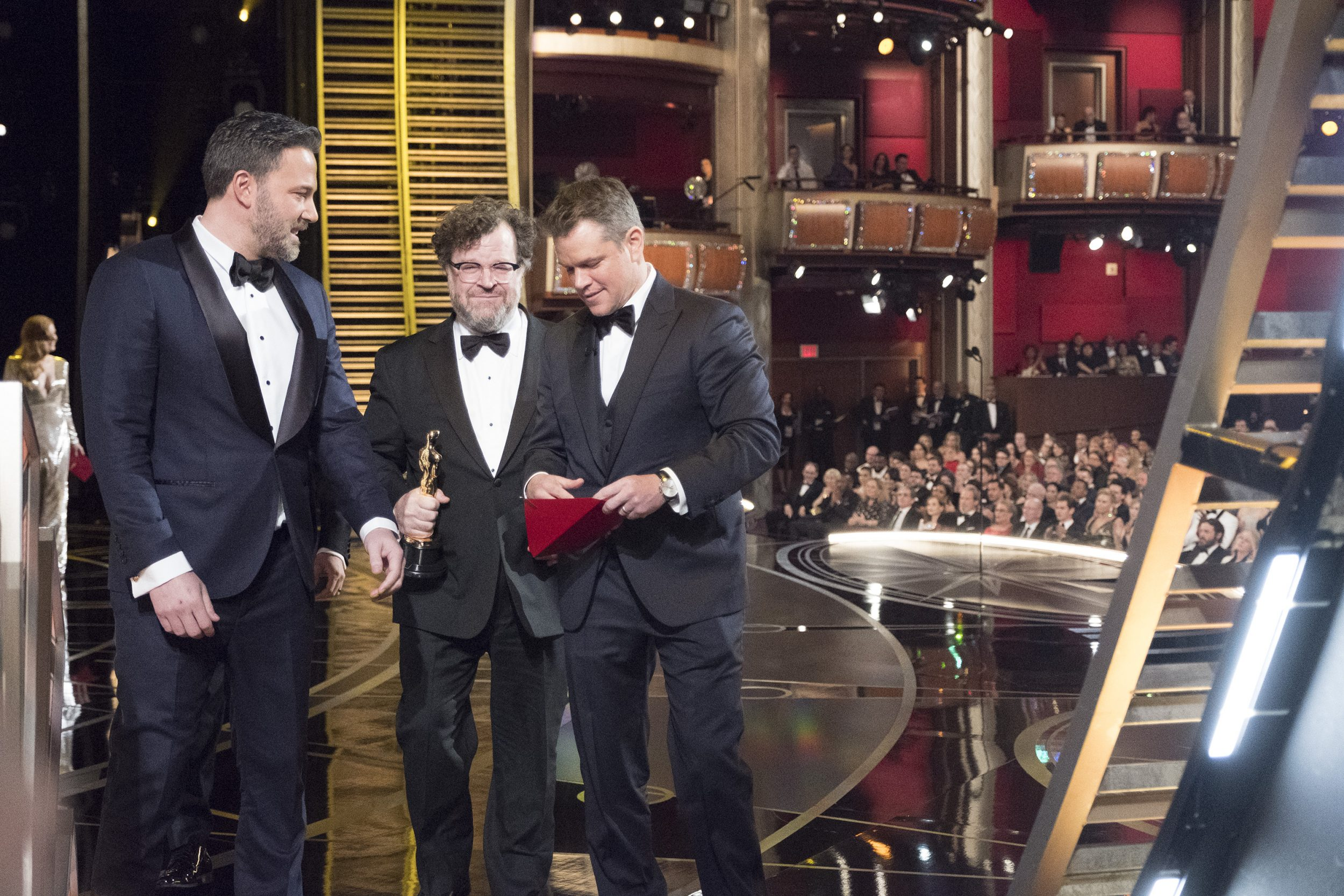 THE OSCARS(r) - The 89th Oscars(r)  broadcasts live on Oscar(r) SUNDAY, FEBRUARY 26, 2017, on the ABC Television Network. (ABC/Adam Rose) BEN AFFLECK, KENNETH LONERGAN, MATT DAMON
