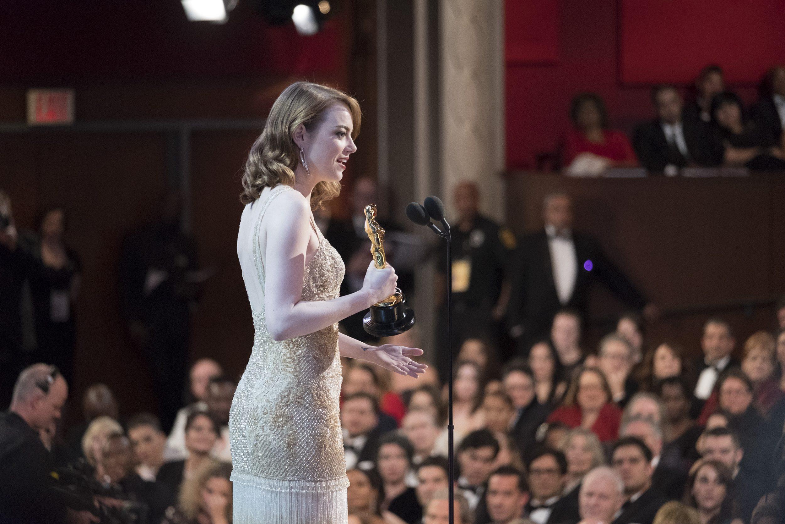 THE OSCARS(r) - The 89th Oscars(r)  broadcasts live on Oscar(r) SUNDAY, FEBRUARY 26, 2017, on the ABC Television Network. (ABC/Adam Rose) EMMA STONE