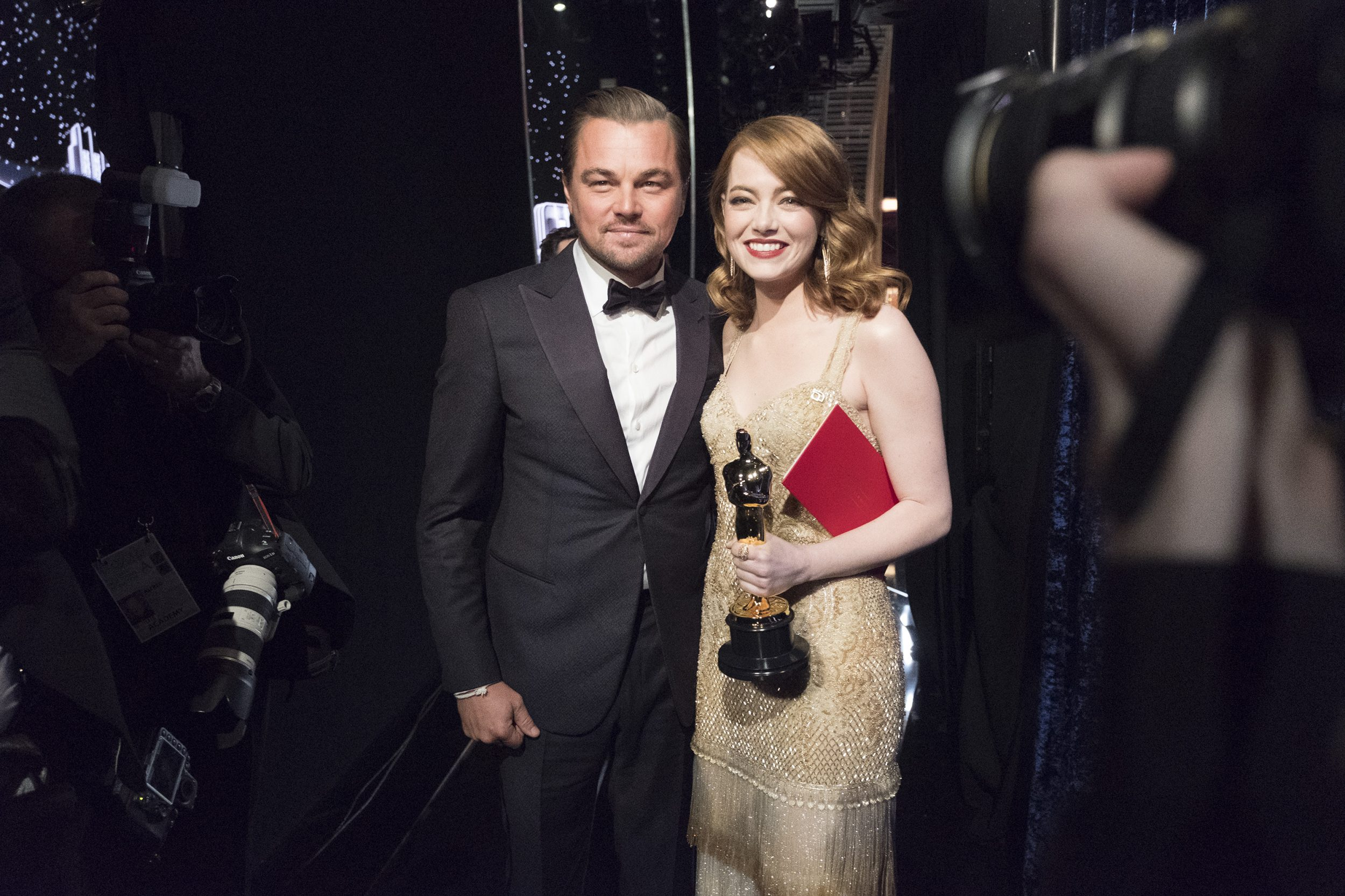 THE OSCARS(r) - The 89th Oscars(r)  broadcasts live on Oscar(r) SUNDAY, FEBRUARY 26, 2017, on the ABC Television Network. (ABC/Adam Rose) LEONARDO DICAPRIO, EMMA STONE