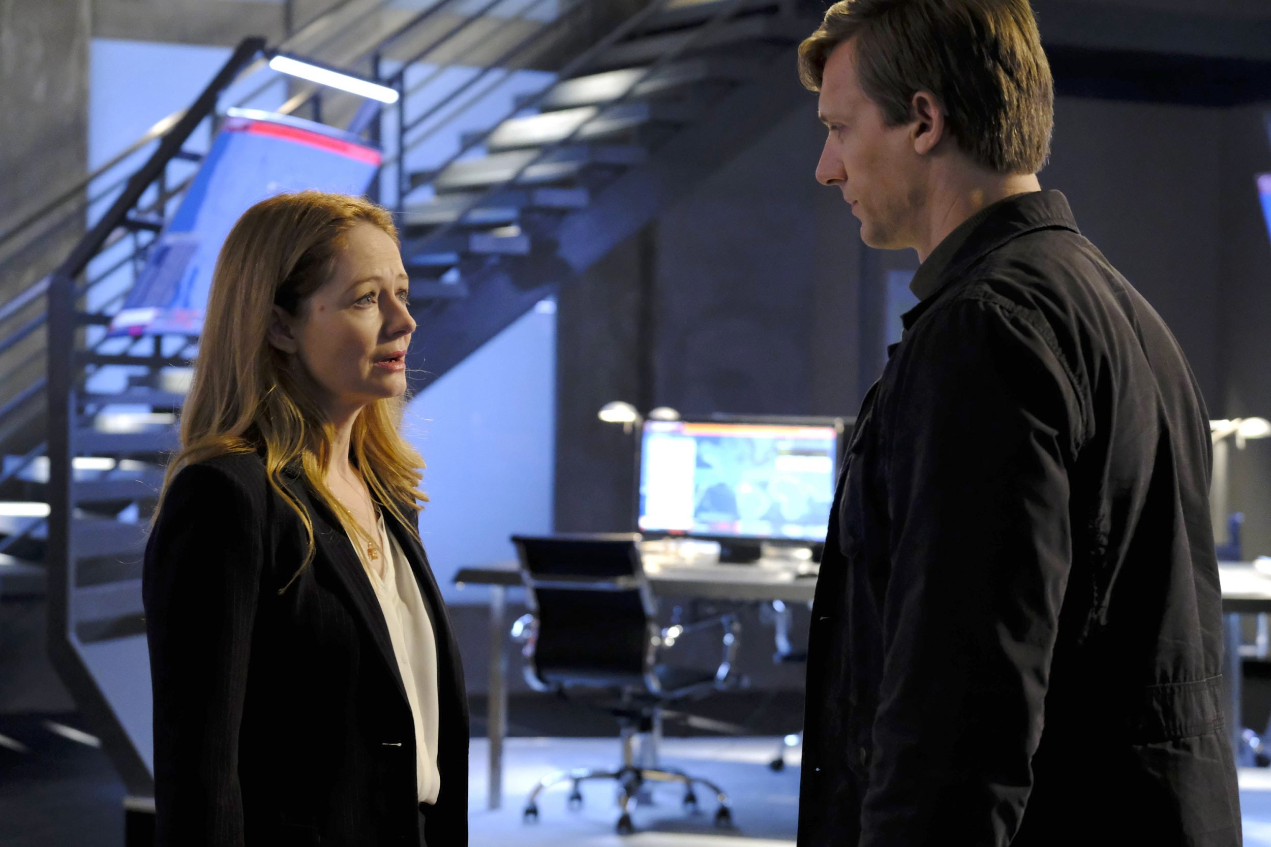 "24: LEGACY: L-R: Miranda Otto and Teddy Sears in the ""3:00 PM-4:00 PM"" episode of 24: LEGACY airing Monday, Feb. 20 (8:00-9:01 PM ET/PT) on FOX. ©2017 Fox Broadcasting Co. Cr: Guy D'Alema/FOX"