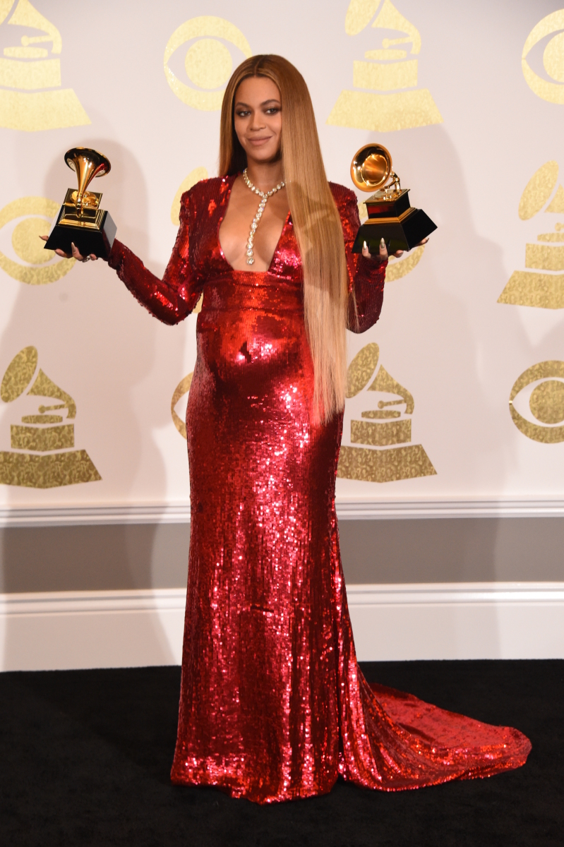 Beyonce poses for photographs backstage at THE 59TH ANNUAL GRAMMY AWARDS®, broadcast live from the STAPLES Center in Los Angeles, Sunday, Feb. 12 (8:00-11:30 PM, live ET/5:00-8:30 PM, live PT; 6:00-9:30 PM, live MT) on the CBS Television Network. Photo: Phil McCarten/CBS ©2017 CBS Broadcasting, Inc. All Rights Reserved