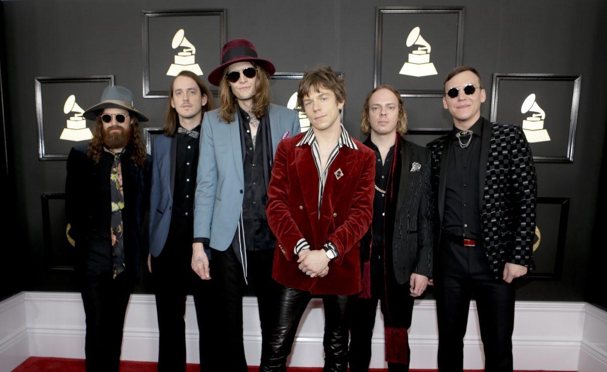 Lauren Daigle Songs >> Cage The Elephant Wins Grammy For Rock Album; Bowie Wins