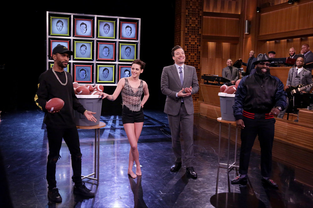 "THE TONIGHT SHOW STARRING JIMMY FALLON -- Episode 0616 -- Pictured: (l-r) Musical guest Big Sean, actress Kristen Stewart, host Jimmy Fallon and Tariq ""Black Thought"" Trotter of The Roots play facebreakers on February 2, 2017 -- (Photo by: Andrew Lipovsky/NBC)"