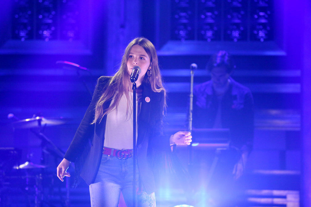 THE TONIGHT SHOW STARRING JIMMY FALLON -- Episode 0625 -- Pictured: Musical guest Maggie Rogers performs on February 15, 2017 -- (Photo by: Andrew Lipovsky/NBC)