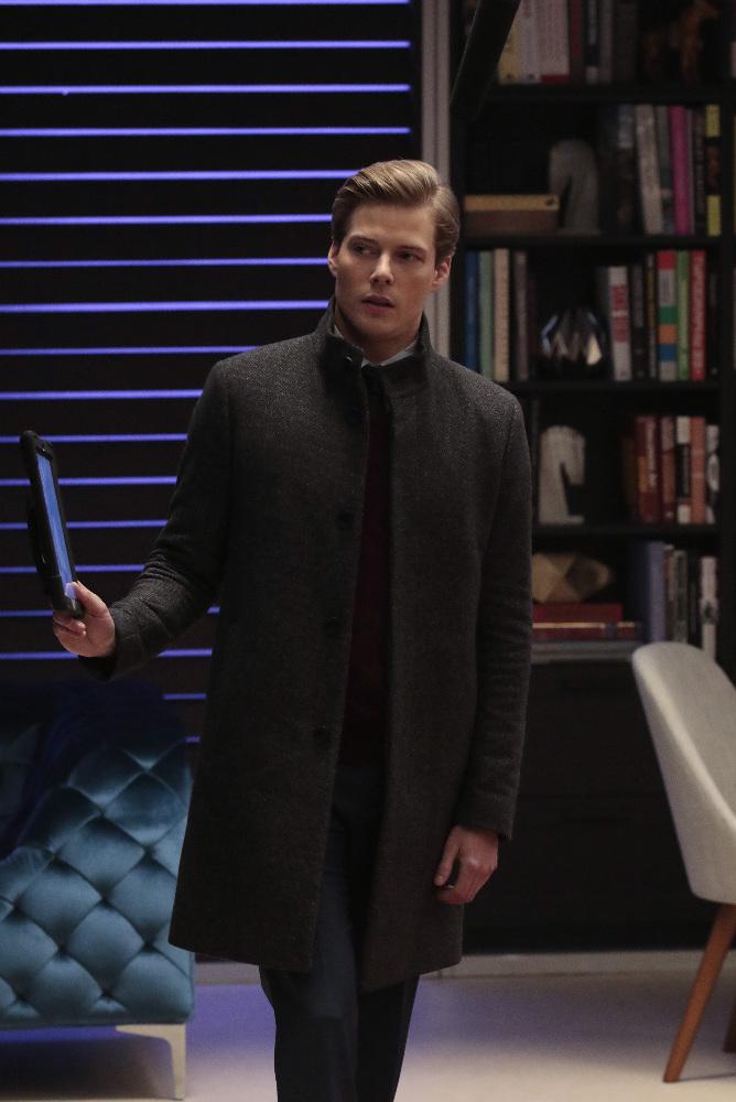 Hunter Parrish Quantico