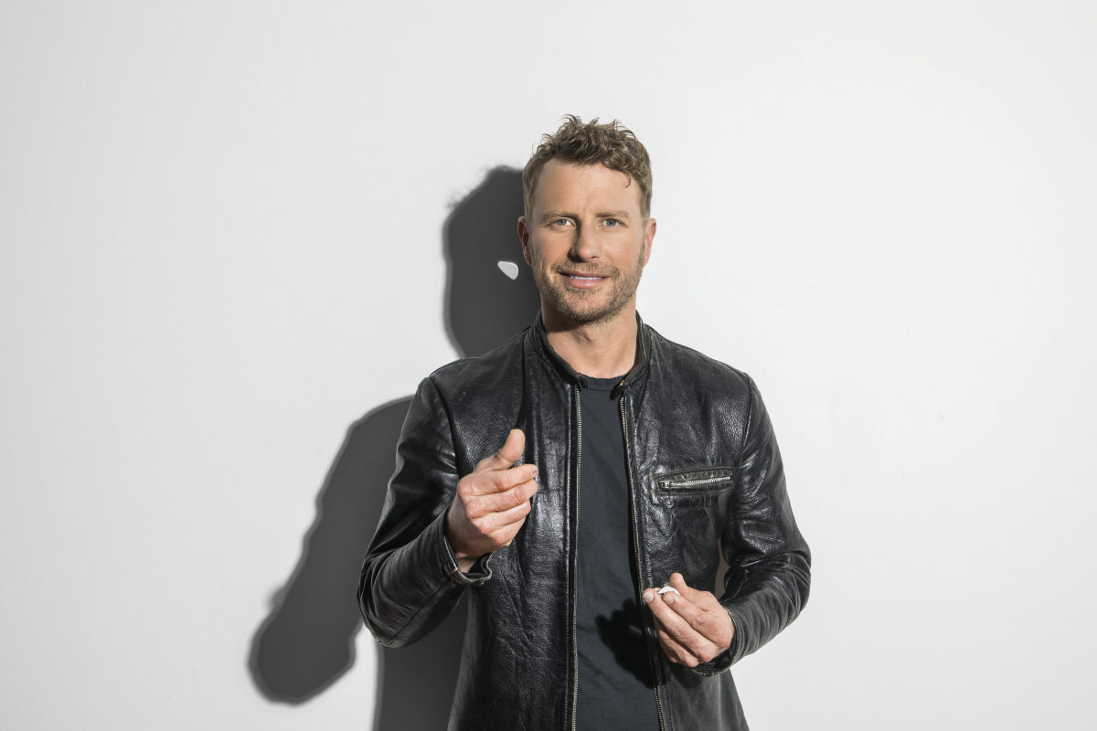 Luke Bryan Dierks Bentley Featured In New Acm Awards