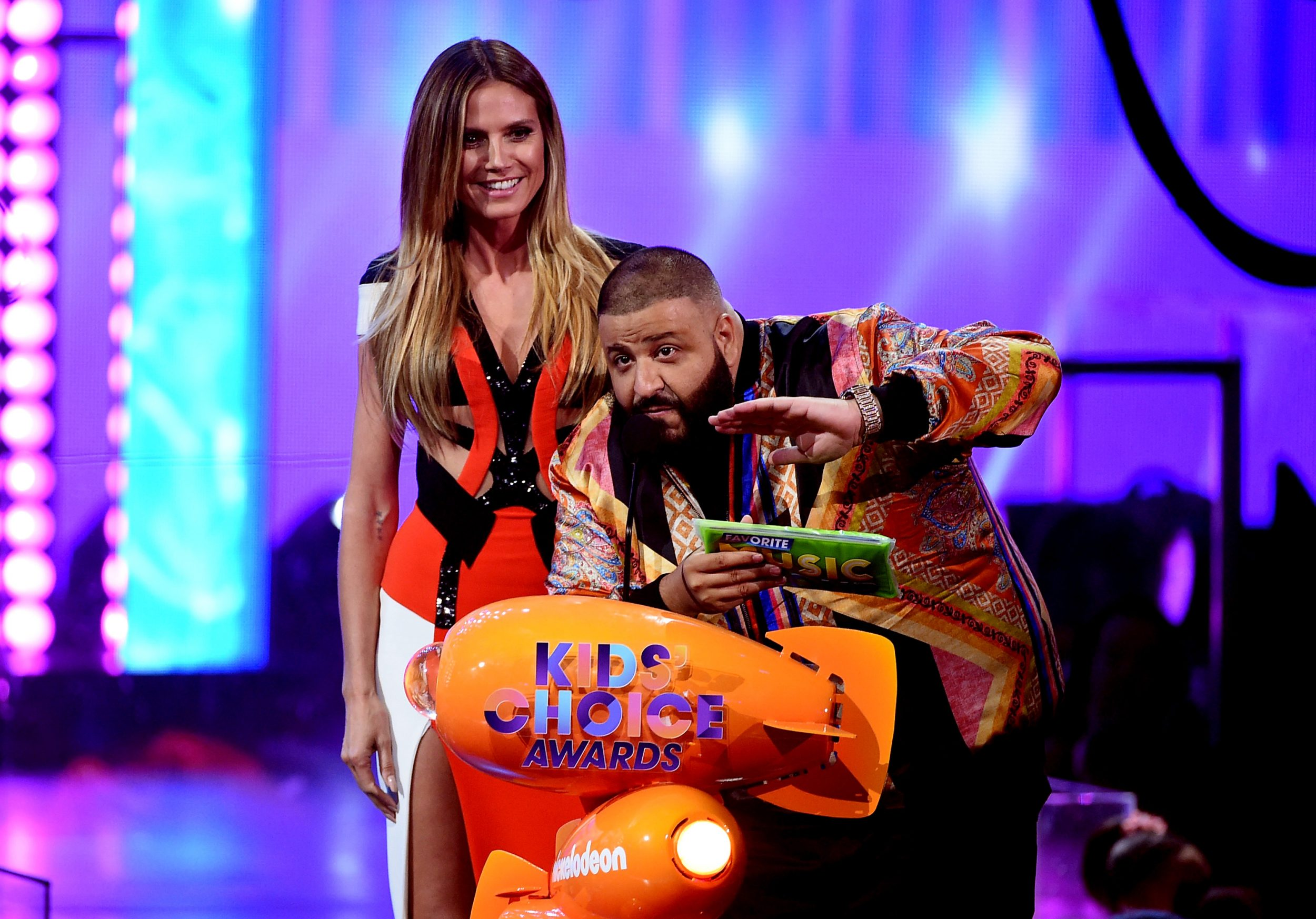 LOS ANGELES, CA - MARCH 11:  Model Heidi Klum (L) and DJ Khaled speak onstage at Nickelodeon's 2017 Kids' Choice Awards at USC Galen Center on March 11, 2017 in Los Angeles, California.  (Photo by Kevin Winter/Getty Images - Issued to Media by Nickelodeon)